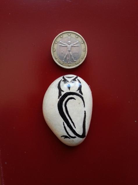 Haughty Owl - Magnet
