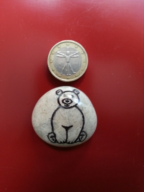 Seated Bear - Magnet
