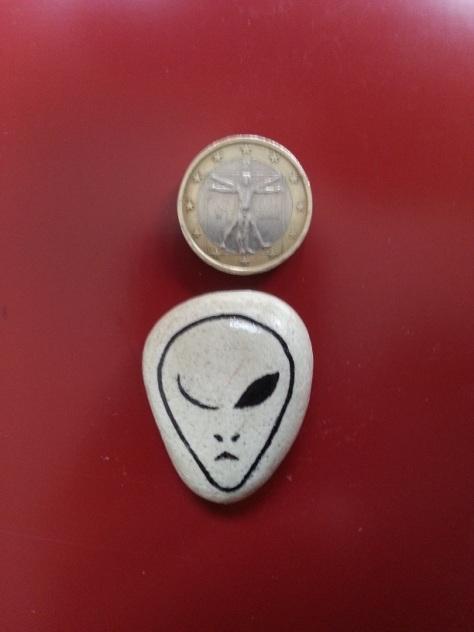 Winking Alien - Magnet